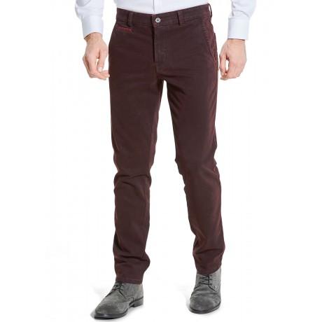 Мужские брюки W.Wegener, модель Rover 6-547/46 бордового цвета из зимнего хлопка.